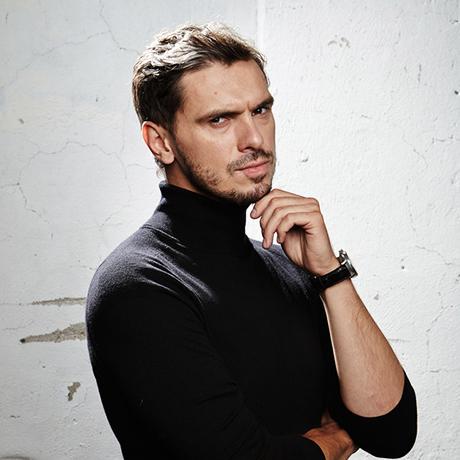 Денис Гребенюк – ведущий
