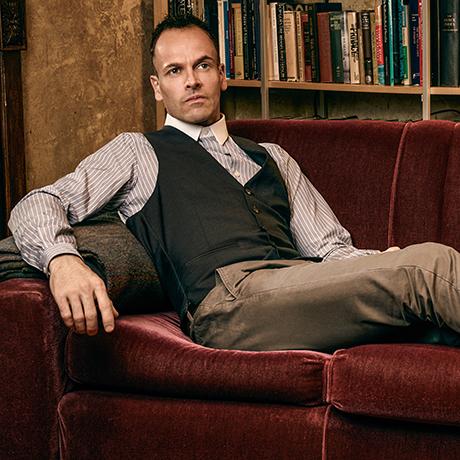 Шерлок Холмс может угодить в тюрьму?
