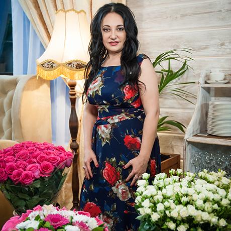 Миллион алых роз для яснознающей Фатимы Хадуевой